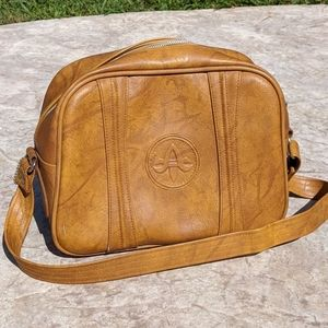 Vintage 100% Leather American Tourister Bag